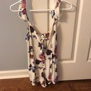 Adorable floral romper from Forever 21!